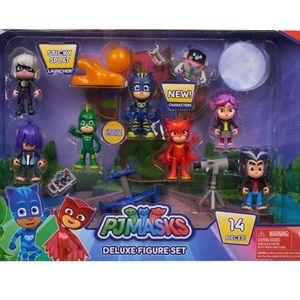 Disney Junior PJ Masks 14-Piece Deluxe Figure Set